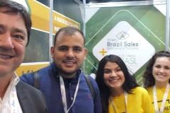 Leonardo, diretor comercial,  com a Equipe do Brazil Sales na Abav Braztoa 2019